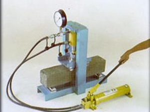 hidraulic concrete beam testing machine