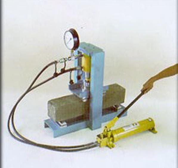 hidraulic concrete beam testing machine